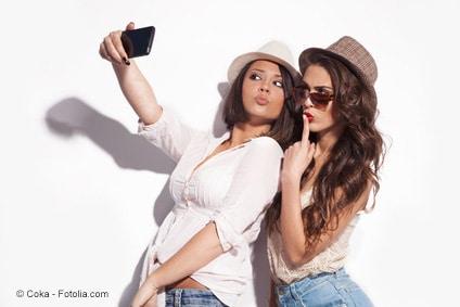 Frauen-Selfie mit Instagram